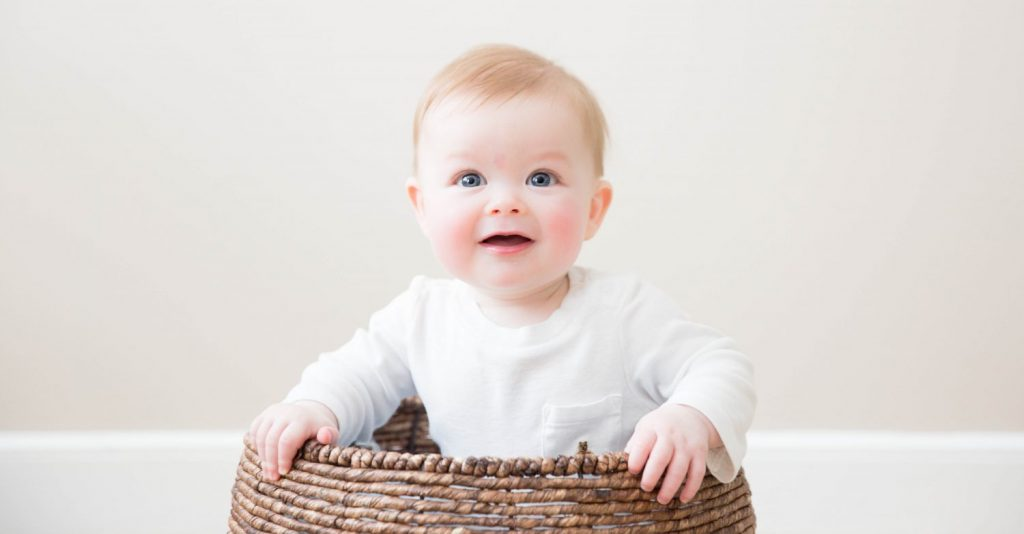 cropped-Newton-baby-photographer-1.jpg